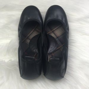 Born Shoes - Womens Black Born Ballet Flats 9.5